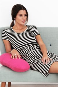 Black/creme striped nursing nightgown with short sleeves in cotton